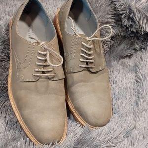 Perry Ellis shoes